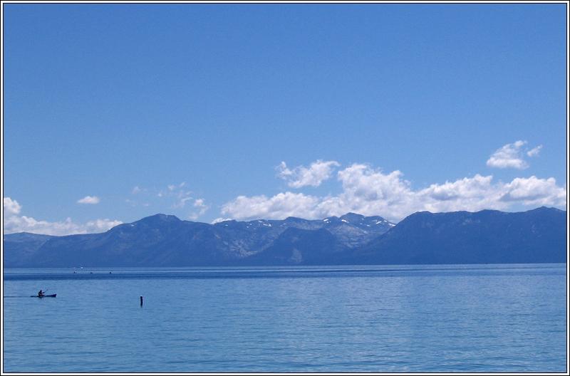 Tahoe_canoe