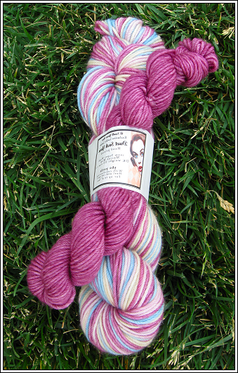 Spring_frost_duet_sock_yarn